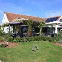 Hotel Pictures: Relais du Silence Domaine de Bellevue, Neufmoutiers-en-Brie