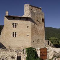 Hotel Pictures: Les Terrasses du Château, Le Poët-Laval