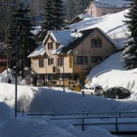 Hotel Pictures: Penzion U Bláhů, Pec pod Sněžkou