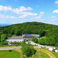 Foto Hotel: Relais du Silence Berghotel Tulbingerkogel, Mauerbach