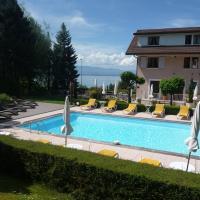 Hotel Pictures: L'Oasis, Évian-les-Bains