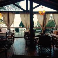 Hotel Pictures: Seehaus, Lago Vichuquen