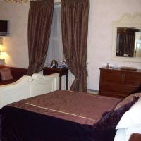 Large Luxury Double Room with View