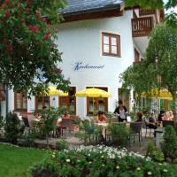 Hotel Pictures: Kirchenwirt Russbach, Russbach am Pass Gschütt