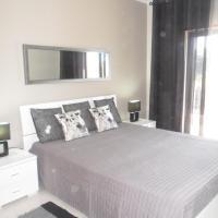 Lovely 1 Bed Apartment - Vista das Ondas