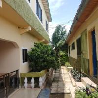 Фотографии отеля: Kyerewa Lodge, Obukrom