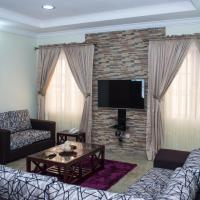 ホテル写真: Three Bedroom Fully Furnished Apartment, Oyarifa