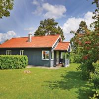 Hotel Pictures: Three-Bedroom Holiday Home in Middelfart, Middelfart