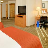 Hotel Pictures: Holiday Inn North Vancouver, North Vancouver