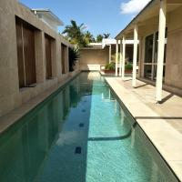 Foto Hotel: Villa Murraya - 20M pool Pets Allowed, Tewantin