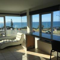 Hotel Pictures: Apartment The Headlands 24, Alexandra Headland