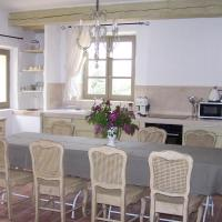 Family Home (6 Adults)