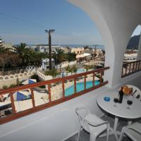 Two room apartment for 4 persons with sea/pool view