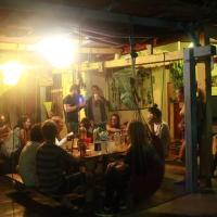 Hotellbilder: Funky Babylon Backpacker, Montañita