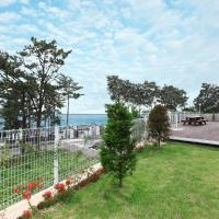 Zdjęcia hotelu: Seasidepine Pension, Yeosu
