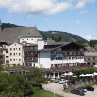 Hotel Pictures: Alpenhotel, Altmünster