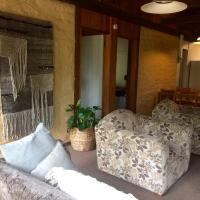 Hotellikuvia: Banksia Mudbrick Holiday Units, Mallacoota