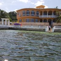 Zdjęcia hotelu: Waters Edge Villa, Montego Bay