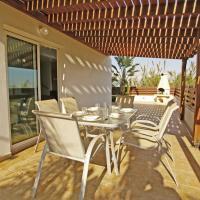 Hotel Pictures: Alysa Villa, Paralimni