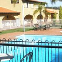 Hotel Pictures: El Caballo Resort, Wooroloo