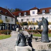 Hotel Pictures: Akademie Schönbrunn Gästehaus St. Klara, Markt Indersdorf