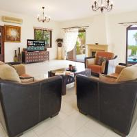 Hotel Pictures: Isadora Villa, Paralimni