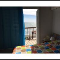 Hotellikuvia: Villa Spyros Beach, Meneou