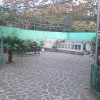 Φωτογραφίες: Three storey house, Bolnisi