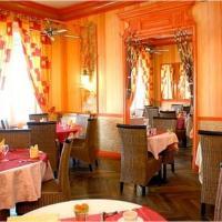 Hotel Pictures: Hôtel L'Oasis, Neuville-du-Poitou