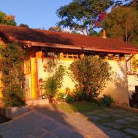 Hotel Pictures: Rosa Amarela, São Pedro da Serra