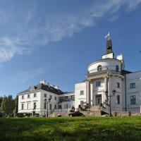 Hotel Pictures: Schlosshotel Burg Schlitz, Hohen Demzin