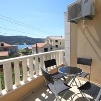 Hotel Pictures: Apartment Poljica 8682a, Marina