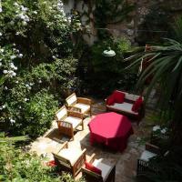 Hotel Pictures: Maison d'Almes, Adissan
