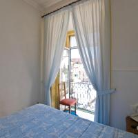 Budget Double Room with Private External Bathroom