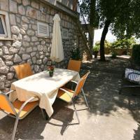 Fotos do Hotel: Apartment Novi Vinodolski 5488a, Novi Vinodolski