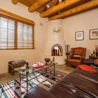 Hotel Pictures: Pinon Dream Home, Santa Fe