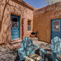 Hotel Pictures: Bonita Casita Home, Santa Fe