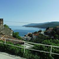 Hotel Pictures: Apartment Rabac 2323c, Rabac