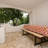 酒店图片: Apartment Mandre 6546d, Kolan