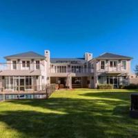Hotel Pictures: Mountain View Villa, Hermanus
