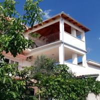 Zdjęcia hotelu: Apartment Novi Vinodolski 5541a, Novi Vinodolski