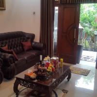 Zdjęcia hotelu: De Erny Guesthouse, Yogyakarta
