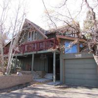 Fotos de l'hotel: 088 Rockspray Chalet Cabin, Big Bear Lake