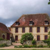 Hotel Pictures: Domaine des Glycines, Lussat