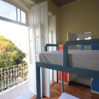 Bed in 6-Bed Dormitory Room with Internal Shared Bathroom