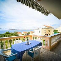 Foto Hotel: Apartment Kozino 5749a, Petrcane