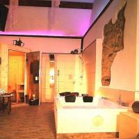 Hotelbilleder: 5-Sterne-Wellnessferienhaus-Maifelder-Uhlenhorst-mit-PrivatSpa, Gappenach