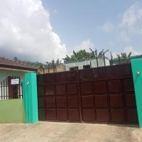 Hotel Pictures: Agyei Guesthouse, Nkwatia