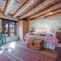 Hotelbilleder: 2 Bedroom - 5 Min. Walk to Canyon Rd. - Cimarron Cabana, Santa Fe