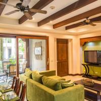 Hotel Pictures: Macaws Ocean Club #2 Condo, Jacó